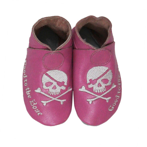 baby girls shoes  | pink baby shoes  |  cool baby shoes  | leather baby shoes  | bobux  | robeez  | skull & cross bones  |  baby Halloween