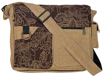 Multi-Pocket bag w/ great print.