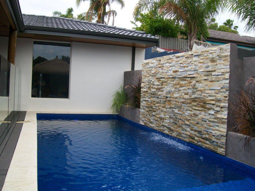 How to build a water wall for Qut garden pool