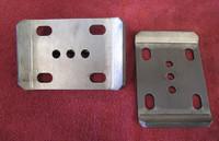 "GM U-bolt Plates, pair (2.5"" springs)"