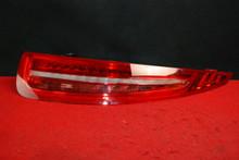 PORSCHE 911 991 RIGHT Passenger Side Rear Tail Light 991.631.146.14