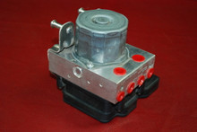 Porsche 911 991 ABS Anti Lock Brake Pump Module Bosch 991.355.755.27 0265243518