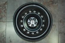 "Porsche Cayenne 18"" Spare Tire Space Master 4L0601027"