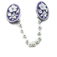 Purple and White Hibiscus Cameo Sweater Clip - Juicy Lucy