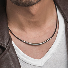 Metax Round Necklace