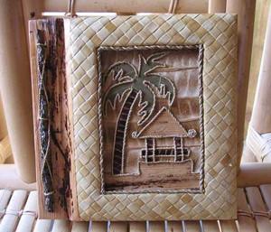 "Tiki Hut Photo Album 7"" x 7"" Handcrafted Tropical Leaf 4-2-550"