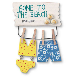 Beach Theme Magnet with Bathing Suits 831-19