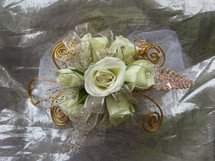 Gold Trimmed White Rose Corsage Prom Flower by Enchanted Florist Pasadena TX. Prom flowers in Pasadena TX for local high schools. PROM106