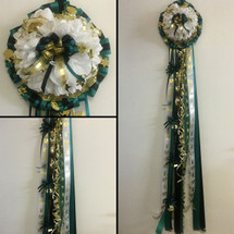 The Deluxe Single Homecoming Mum by Enchanted Florist, your homecoming mums headquarters. This mum will come with similar items seen in the picture including the bows and the chain.  HMC109
