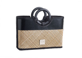 Chic Criss-Cross pattern with Bamboo Handles