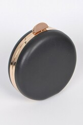 Black circle clutch