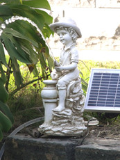 Sitting Boy Pond Fountain with Solar Pump Kit 5Watt Solar Panel