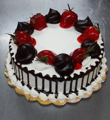 Tres Leches Cake Strawberry Chocolate F19 LGV Bakery