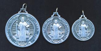 St. Benedict medals - size comparison