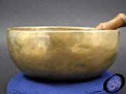 """Hand Hammered Himalayan Singing Bowl 8"""""""