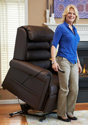 PR 756 RELAXER LIFT CHAIR BY GOLDEN TECHNOLOGIES