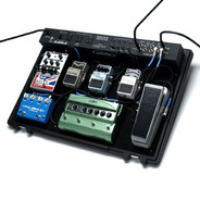 SKB 1SKB-PS-45 Professional Powered Pedalboard