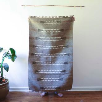 woolen hand loom rug