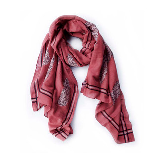 long red scarf