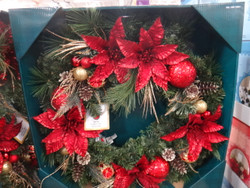 "Kirkland Signature 32"" Decorated Wreath With LED Lights 
