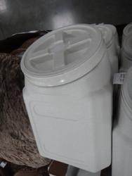 Gamma Vault Container Pet Food Storage Up to 27KG Capacity - 1 | Fairdinks