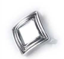 Mirrored Deveraux Ring