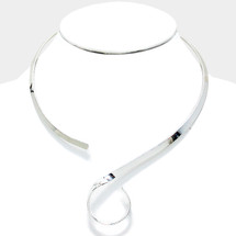 Wanderer Collar: Seen in Self Magazine & on Kris Cherie!