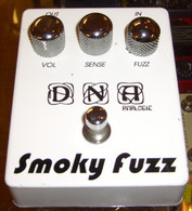 DNA ANALOGIC SF-1 SMOKY FUZZ