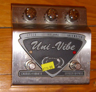SOLD - Dunlop UV-1 Uni-Vibe Rotating Speaker Effect