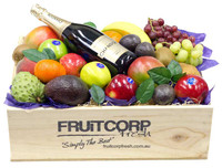 Gift Hamper with Chandon Brut & Mixed Fruit