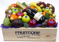 Gift Hamper Mixed Fruit, Moet, Baci & Ferrero