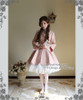 Model Show (White Ver.) (coat: CT00247, choker: AD00572, wristlet: AD00601, fan: P00580, petticoat: UN00022, leggings: P00187)