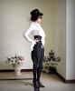 Model Show (White Ver.) (hat: P00587, sunglasses: AD00614, breeches: SP00069, leggings: P00182)