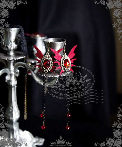 Elegant Gothic Vampire Butterfly Earrings
