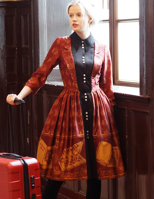 Model Show petticoat: UN00026