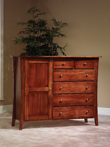JR Manhattan Chifforobe