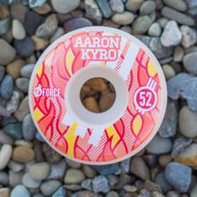 Elemental Aaron Kyro Fire - 52mm