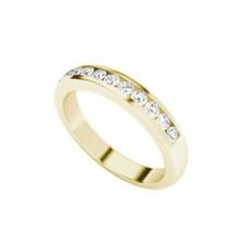 round-brilliant-cut-diamond-9-carat-yellow-gold-ring