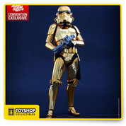 •	An authentic and detailed likeness of the Stormtrooper in Star Wars  •	Specially applied shiny faux-gold chrome painted armor  •	Body with over 30 points of articulation •	Approximately 30 cm tall  •	Seven (7) pieces of interchangeable gloved hands including:  - One (1) pair of fists  - One (1) pair of relaxed hands  - One (1) pair of hands for holding weapons  - One (1) gesturing left hand  •	Costume: •	One (1) Stormtrooper armor  •	One (1) black bodysuit  •	One (1) Stormtrooper belt with leather holster  •	One (1) pair of boots