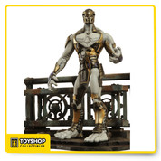"A Diamond Select Release. Designed and Sculpted by Gentle Giant. We know who all the Avengers are in the new Joss Whedon movie, but who are their foes? Kept tightly under wraps, we've developed an all-new 7"" scale Marvel Select figure . With 16 points of articulation and a detailed display base, this baddie will be the crowning jewel in any Marvel Select Avengers collection- buy multiples to give the heroes a real fight. The Marvel Select avengers movie villain comes in oversized collector packaging."