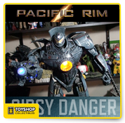 Pacific Rim 1/4 Battle-Damaged Gipsy Danger with Light Up Plasma Cannon Arm