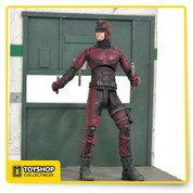 A Diamond Select Toys release! The Daredevil of Hells Kitchen is now the first-ever Marvel Select action figure to be based on the Netflix TV universe! Capturing Daredevils costume as it appears at the beginning of Season 2, and featuring the likeness of actor Charlie Cox, this 7-inch action figure features approximately 16 points of articulation and a pair of billy clubs, as well as a sculpted diorama base depicting the elevator from the season premiere! Packaged in the display-ready Select packaging with side-panel artwork. Sculpted by Gentle Giant!