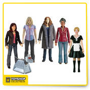 Only the best travel with the Doctor and share in his adventures, and Underground Toys gathers together the companions who battled evil alongside the Doctor in the tenth Doctor's era in this boxed set of 5' scale action figures! This Doctor Who action figure set includes Rose Tyler, Martha Jones, Donna Noble, Sarah Jane Smith, and Astrid Peth (from 'Voyage of the Damned'), along with a bonus K-9 figure!