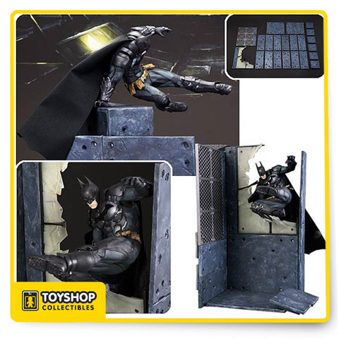 The Batman Arkham Knight Version ArtFX+ Statue also features a modular base system that lets you customize your display with a wide range of options. Display Batman breaking through a wall, vaulting over rubber, or in the middle of delivering a flying side kick. With multiple square and rectangular pieces plus a broken window, metal grate, and joint parts, this set is all about building your own diorama base.