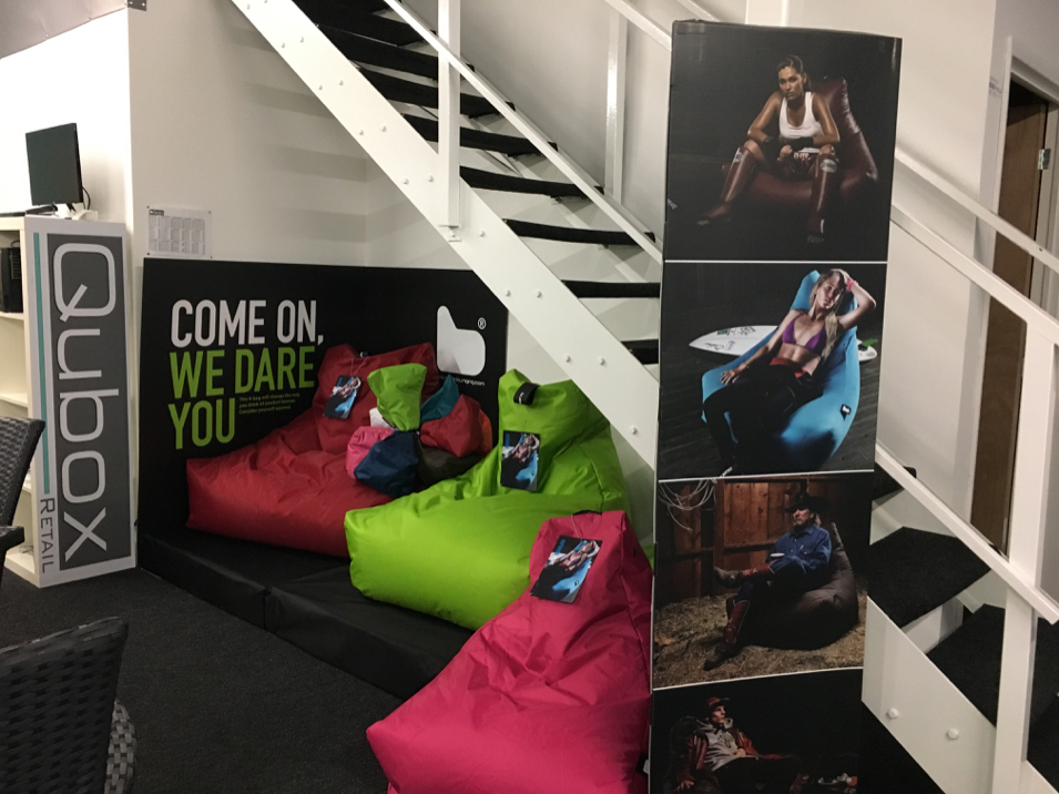 Qubox Showroom Outdoor Beanbags
