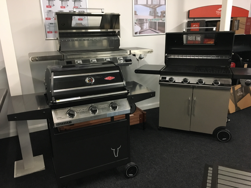 Qubox Showroom Gas BBQs