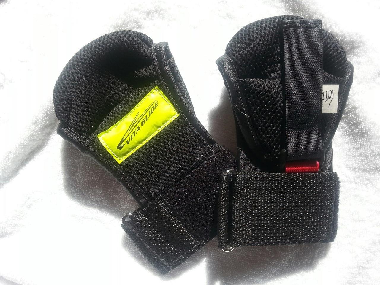 vita-gloves.jpg