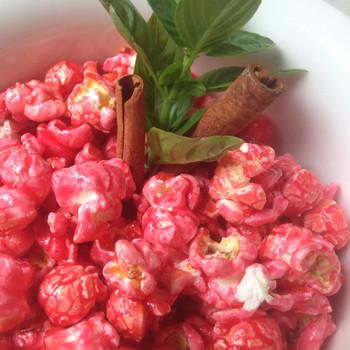 Cinnamon gourmet popcorn