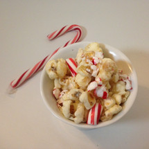 white chocolate peppermint gourmet popcorn