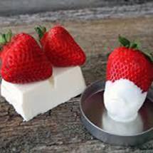 White Chocolate Strawberry Popcorn
